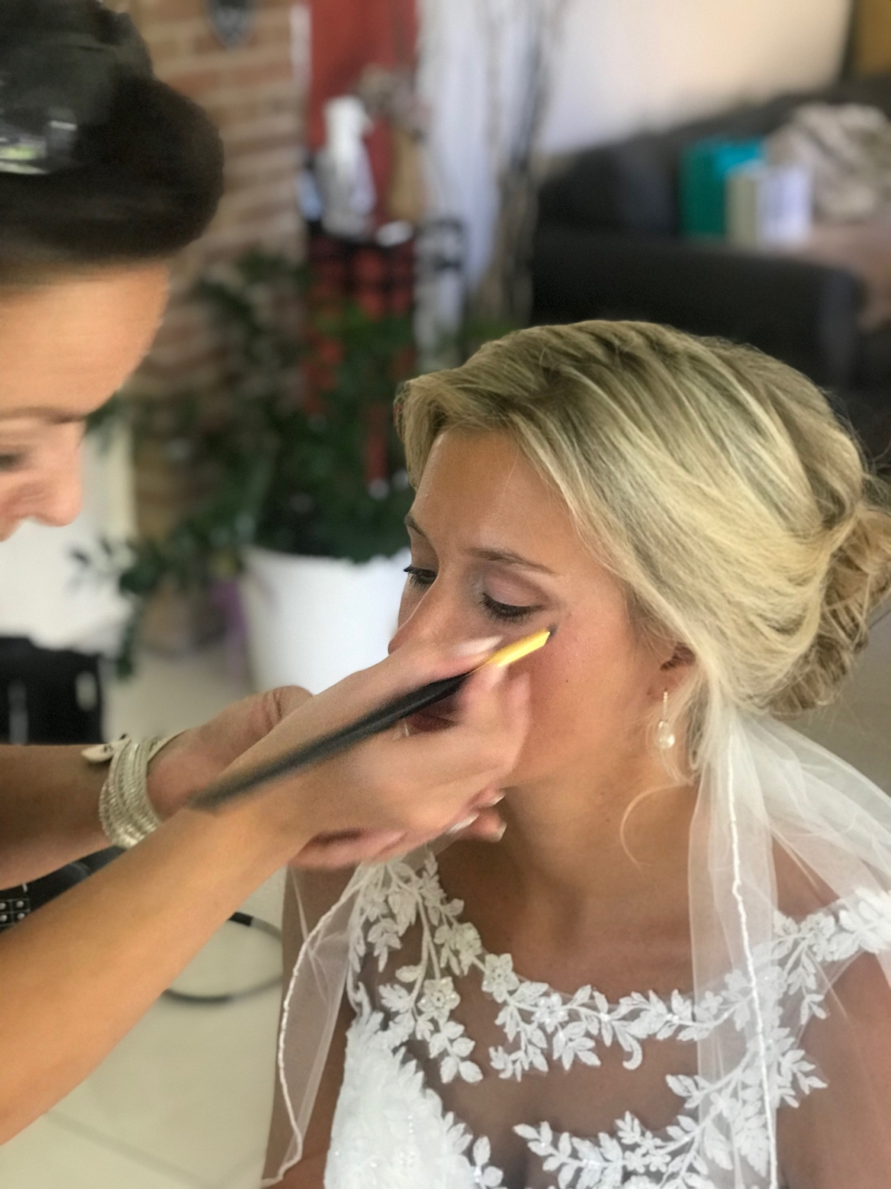 Braut,Hochzeitsfrisur, Hochzeitsmakeup – Lifestyle & Makeup Atelier
